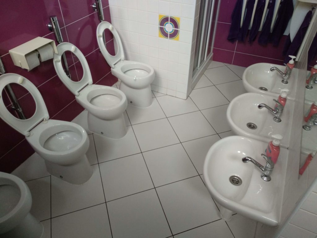 Dezinfikujeme školy aškolky MSP Cleaning Services